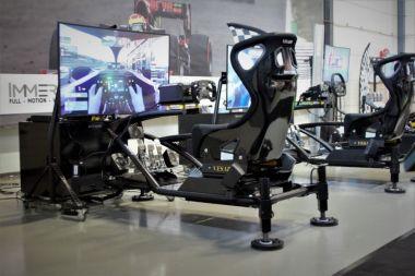 Immersive Simulator huren | Motion Sim-Race Experience