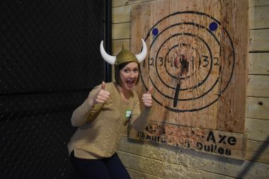 SHARED 1.5Hr Axe Throwing Session (Fri-Sun)