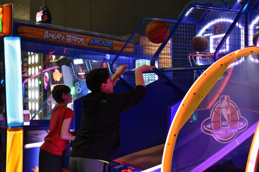Save $3 1 Shared Race Reservation and 1 hr Unlimited Arcade Play (Age 8-12, Fri-Sun & Holidays)