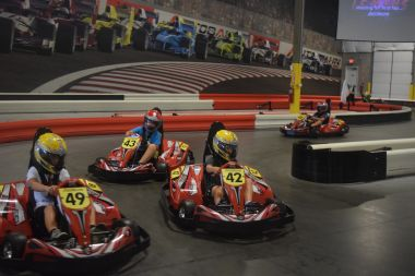 Save $3 1 Shared Race Reservation and 1 VR Session (Ages 8-12, Fri-Sun & Holidays)