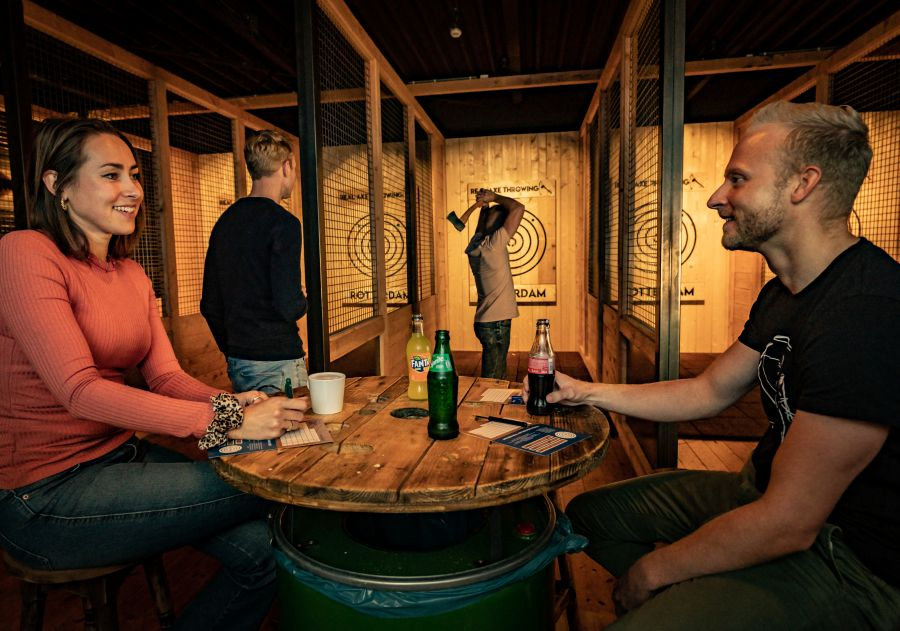 Throw & Dine   Real Axe Throwing Rotterdam